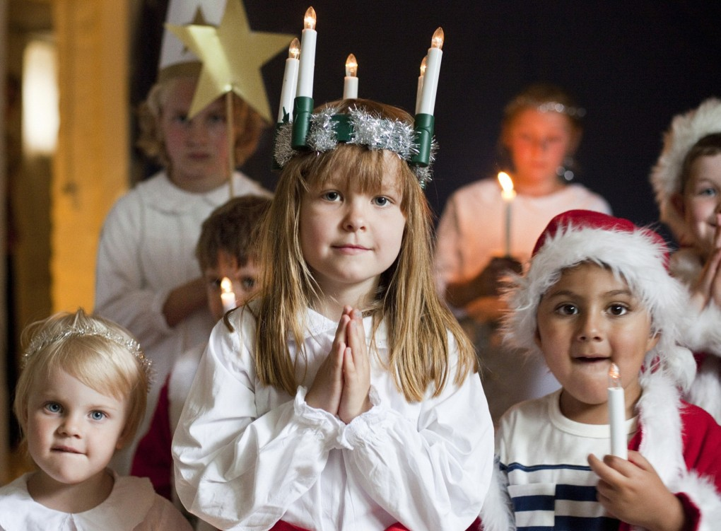 Celebrating-Lucia-children-2048x1509