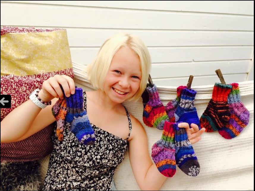 rocka-baby-socks-valkomstpaket_foto_svenska-downforeningen