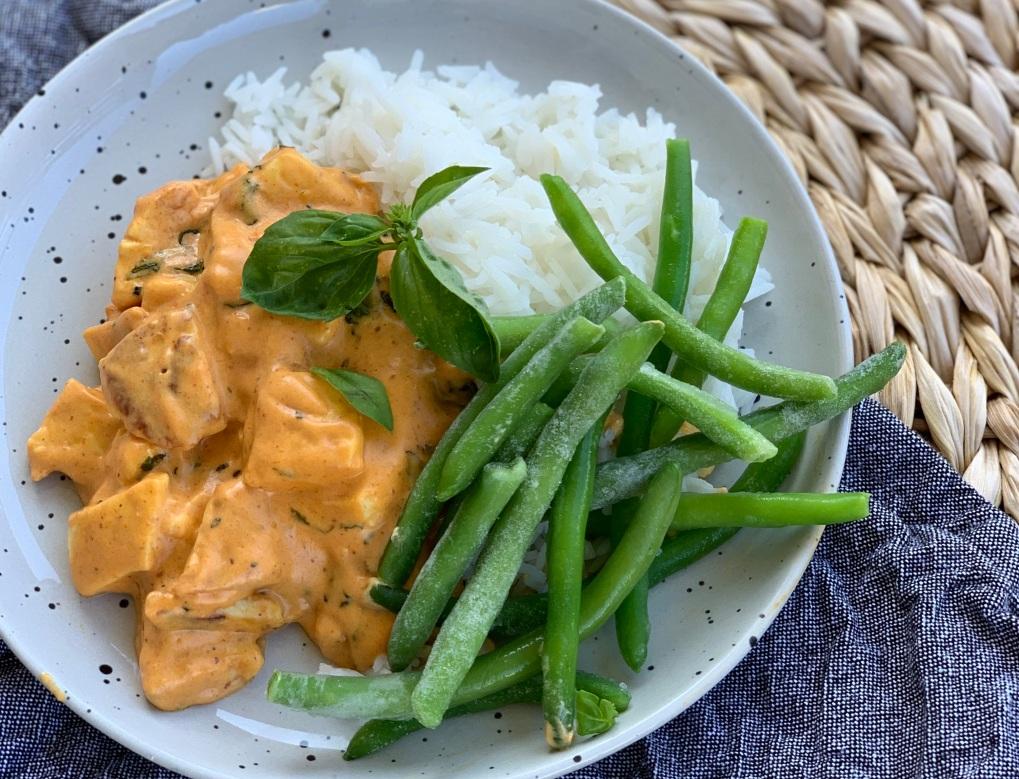 Blogg_Halloumistroganoff med currysmak veckans recept DOKTORN mat för IBS-magar Belly Balance Sofia Antonsson