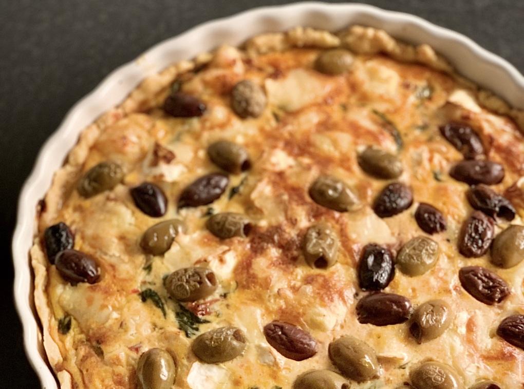 veckans recept DOKTORN Chévrepaj med oliver mat för IBS-magar Belly Balance Sofia Antonsson